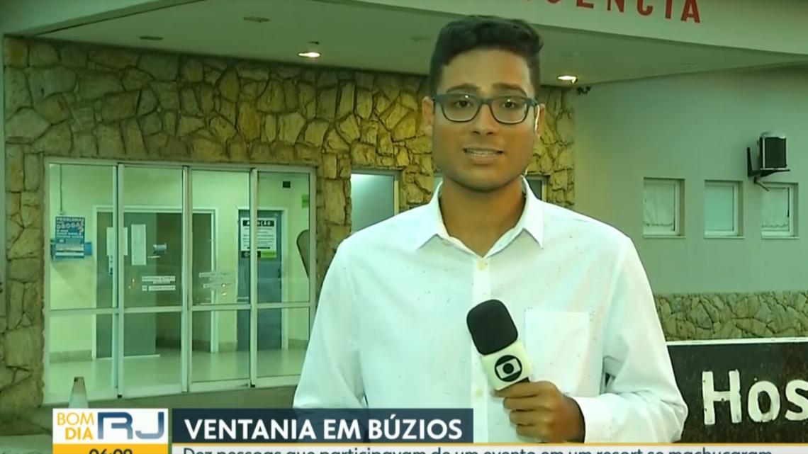 Ventos de 100 Km/h derrubam tendas de evento universitário e deixam feridos em Búzios, no RJ