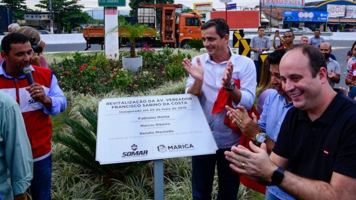 Prefeito de Maricá inaugura, revitalização da Av. Francisco Sabino da Costa principal  entrada de Maricá