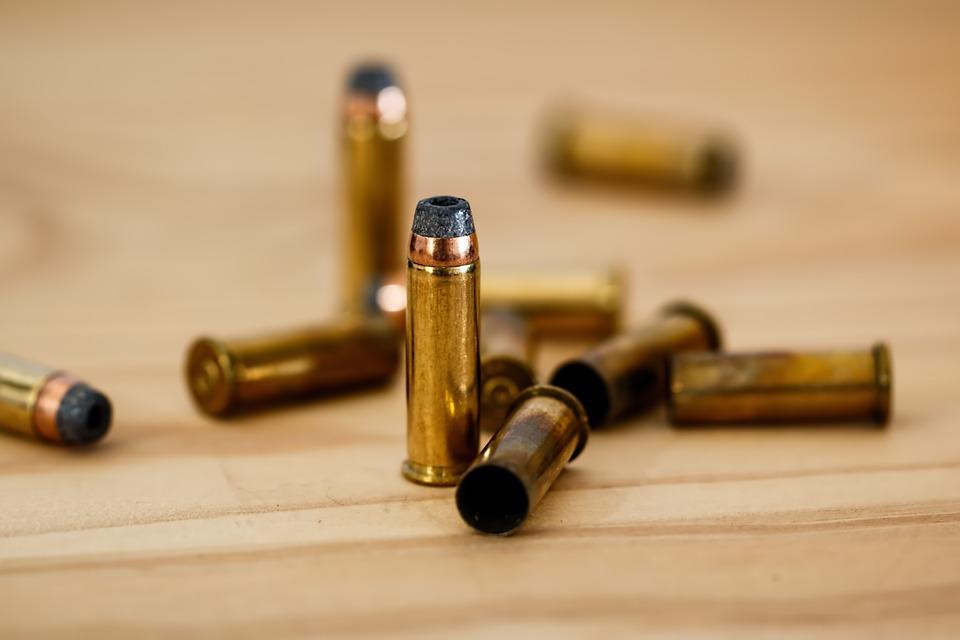 Número de tiroteios em áreas escolares é menor neste ano