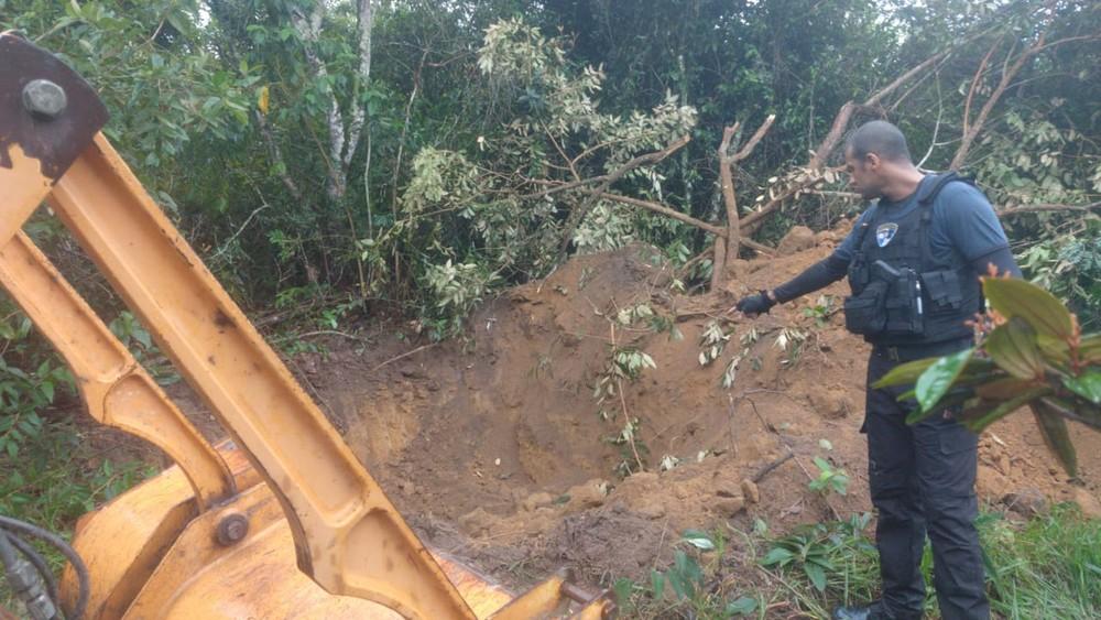 Polícia acha cemitério clandestino em Itaboraí, RJ, e investiga se foi usado por milicianos