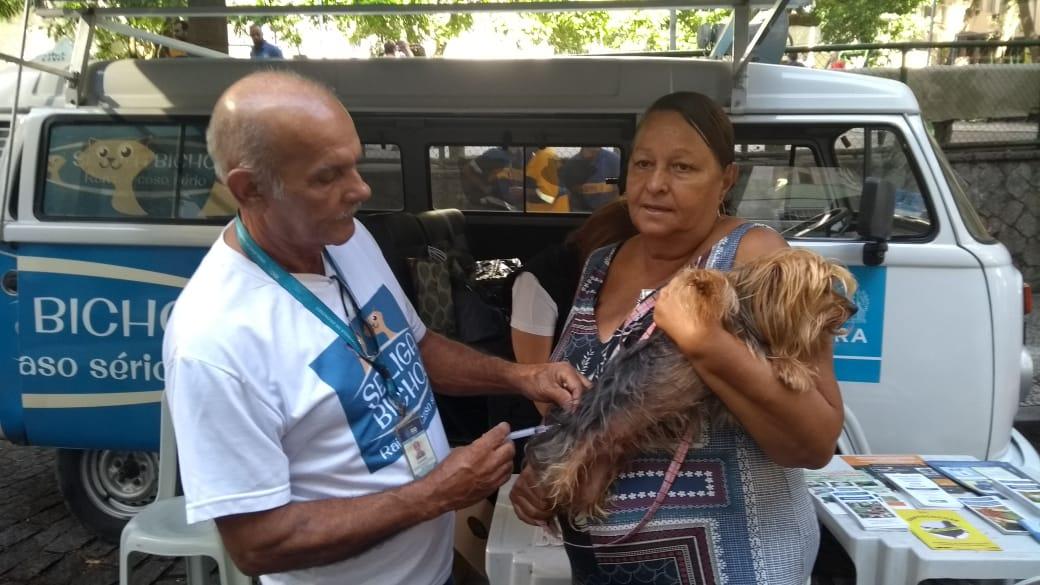 Vigilância Sanitária leva neste sábado, 20, vacinação antirrábica ao Borel e Pilares
