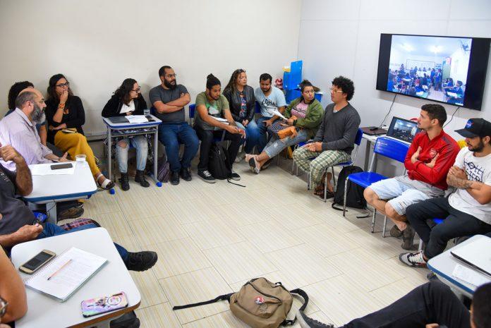 Maricá recebe diretor geral de Economia Social e Solidaria de cidade argentina