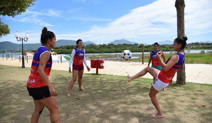 Campeonato Maricaense de Futevôlei estreia categoria feminina