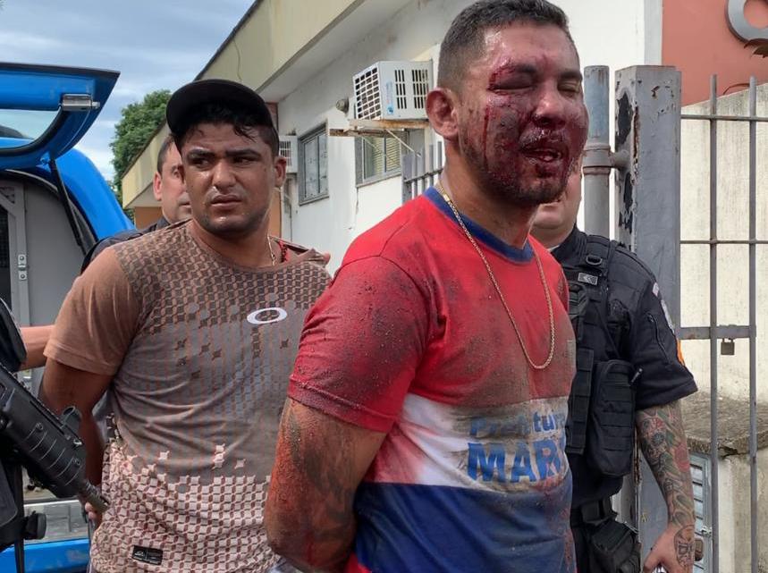 Homens com uniforme da Prefeitura de Maricá são presos na Rj 106 por assaltos