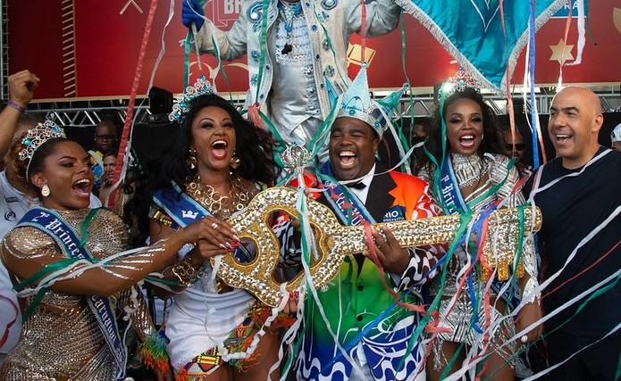 """Desabafos de princesas da corte do carnaval carioca pela eleição da rainha Camila Silva gera 'climão"""""""