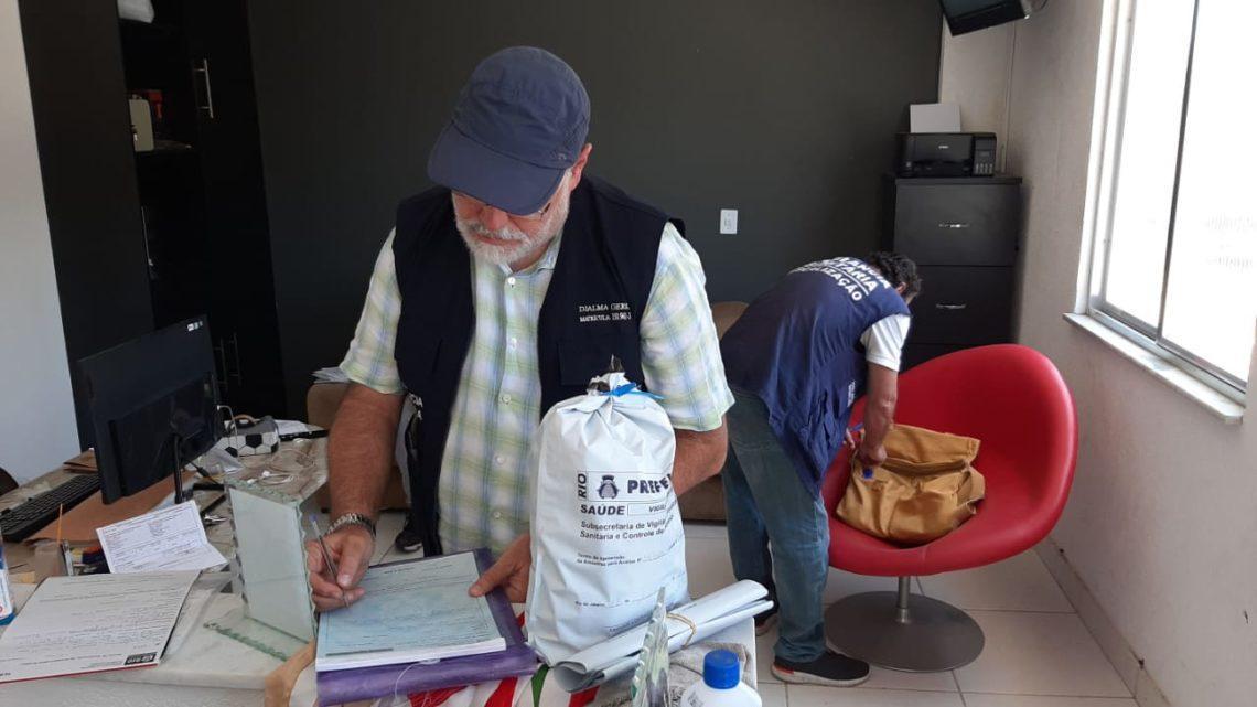 Abaixo de Zero: em dois dias, Vigilância Sanitária faz mais de 50 inspeções em fábricas e distribuidoras de gelo do Rio