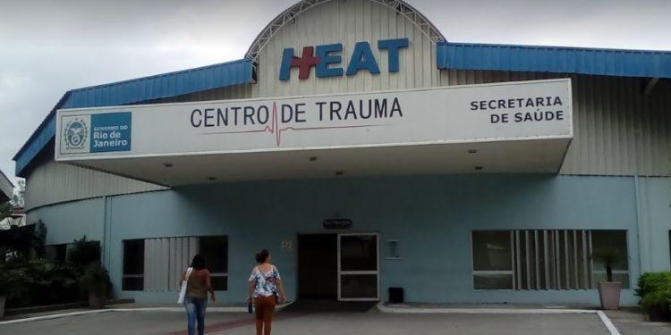 PM é baleado durante tentativa de assalto na RJ-104, em São Gonçalo