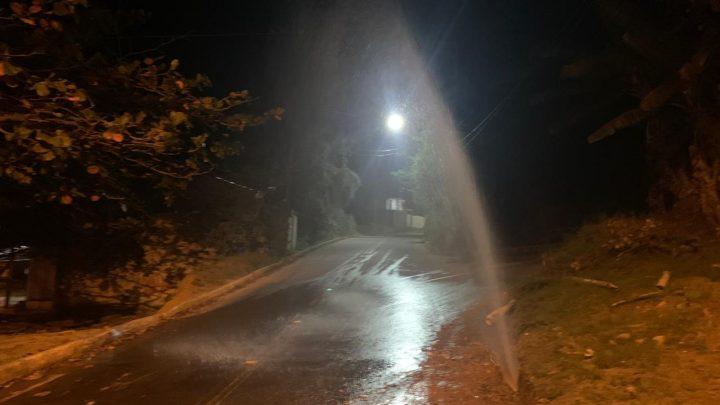 Rompimento de tubulação deixa moradores sem água