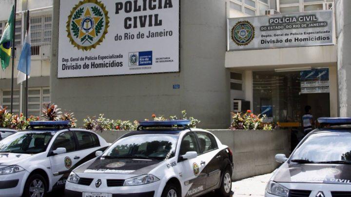 Homem, de 29 anos, espanca a mãe até a morte, na Barra da Tijuca