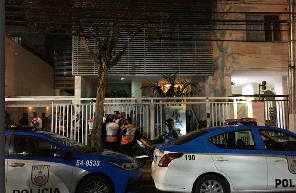 Casal morre após cair de prédio em Niterói