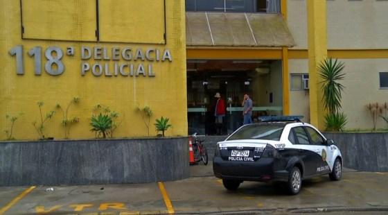 Pastor é preso acusado de estuprar menina de 14 anos em Araruama