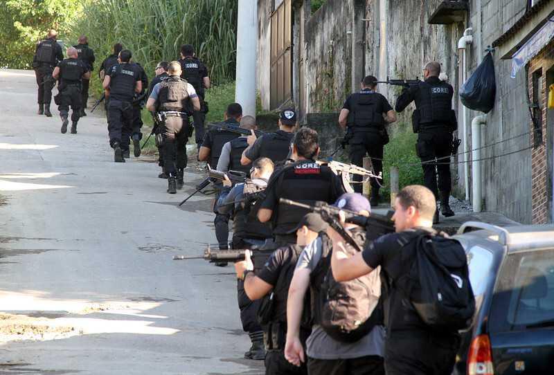 Operação policial no Complexo do Salgueiro, em São Gonçalo