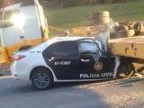 Policial Civil morre ao se deparar com carreta em rodovia no RJ