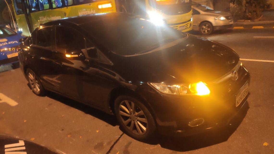 Trio é preso com carros roubado na Zona Oeste de Niterói