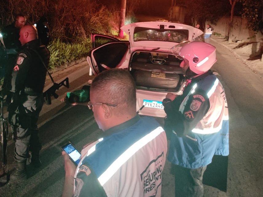 Suspeito é baleado após perseguição policial e tiroteio em SG