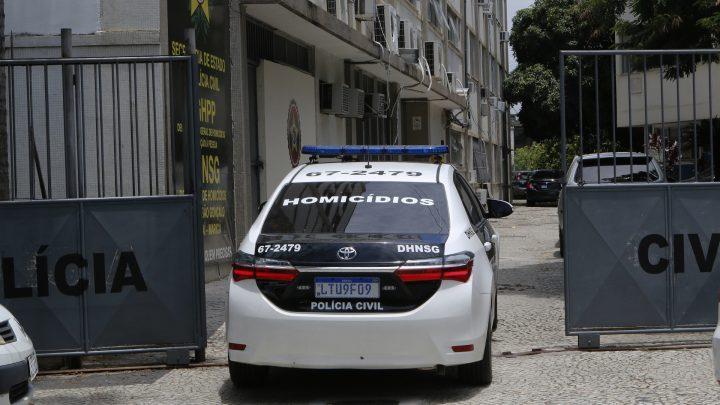 Um morto e outro baleado em comunidade do Fonseca em Niterói-RJ