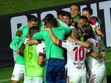 Flamengo vira sobre o Vasco em São Januário e aumenta invencibilidade no clássico