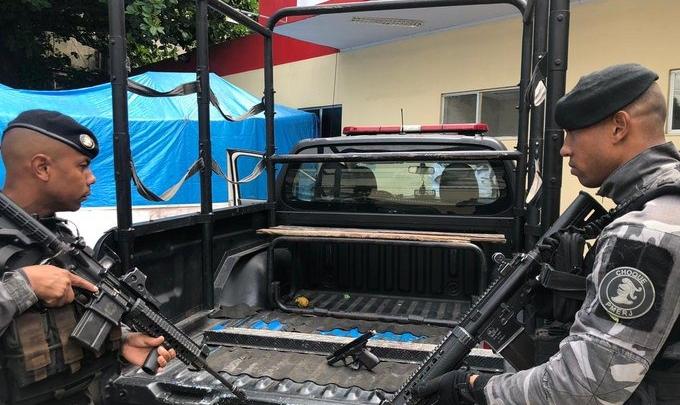 Um baleado e dois presos durante operação policial no Complexo do Viradouro em Niterói