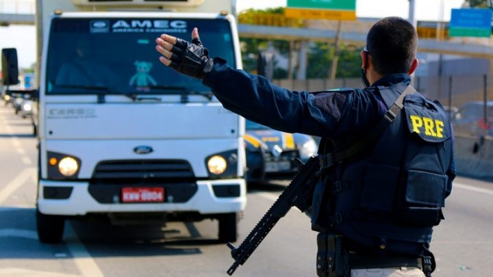 PRF deflagra a Operação Finados nas rodovias federais do RJ