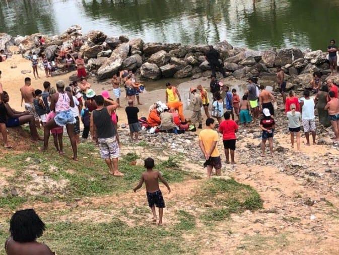 Homem fica ferido após pular de pedra em canal de Ponta Negra em Maricá