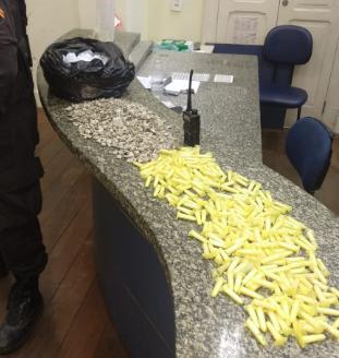 Três detidos após troca de tiros com a PM em Niterói-RJ