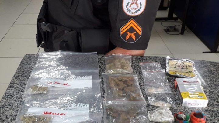 Detidos transportando drogas na RJ-106 em Maricá-RJ
