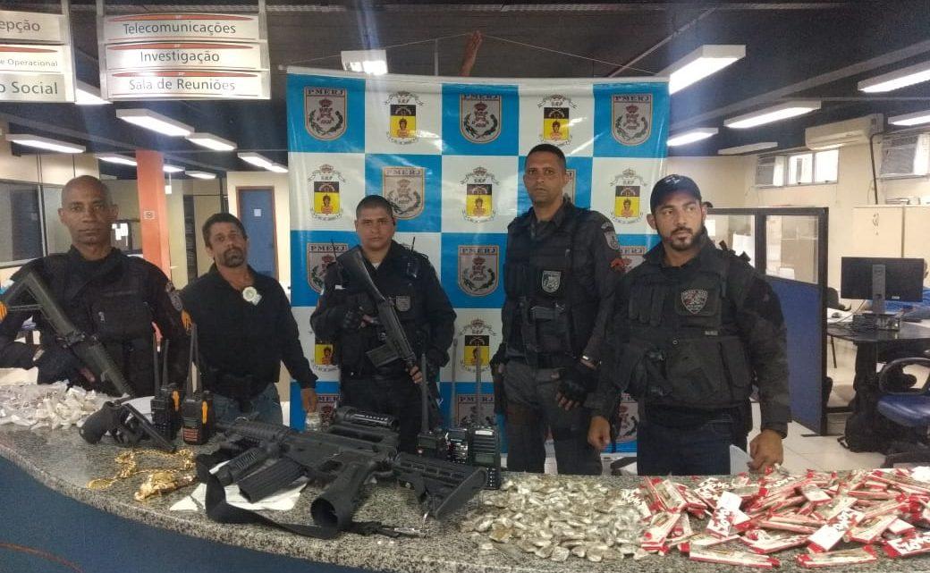 Policiais civis e militares fazem mega-operação em Maricá-RJ