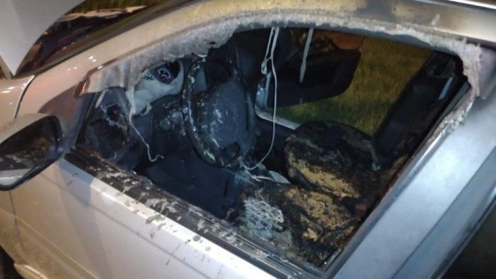 Homem tem 80% do corpo queimado após ser atacado por ex de companheira, segundo polícia