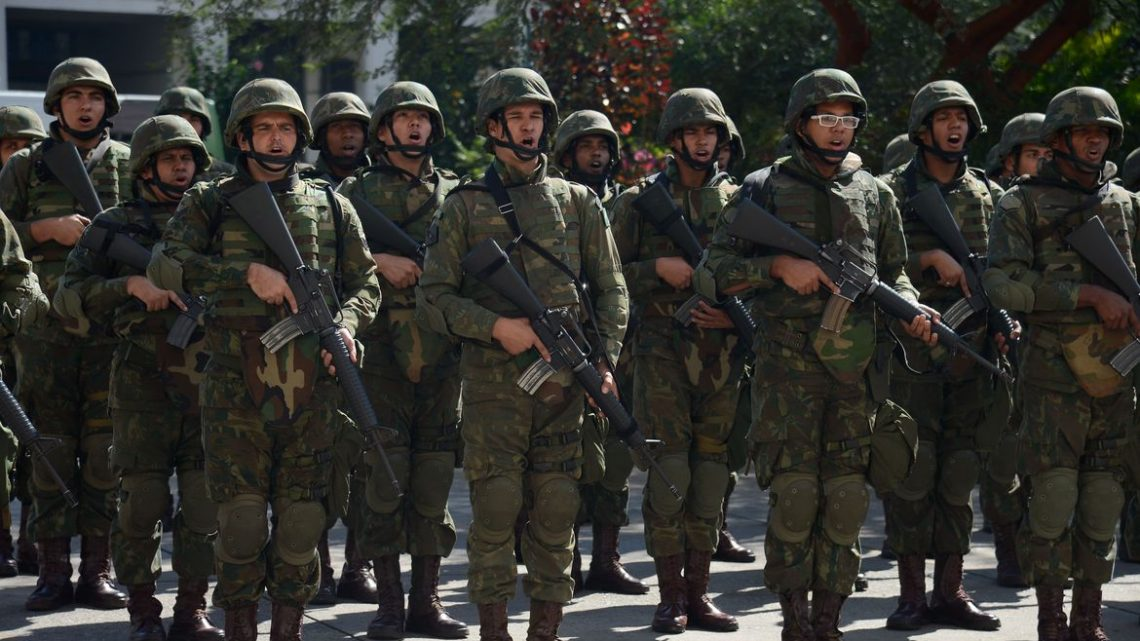 Exército investiga furto de fuzil dentro de quartel no Rio-RJ