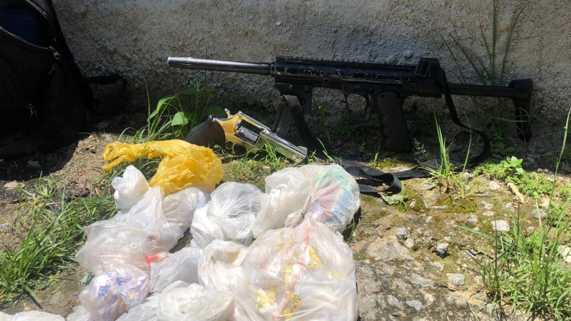 Criminoso morre e outro é baleado em confronto com policiais no Morro dos Marítimos, em Niterói-RJ