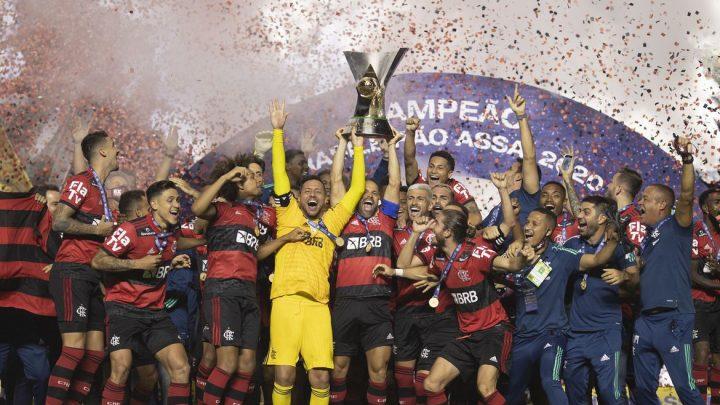 Futebol: Mesmo derrotado pelo São Paulo, Flamengo é campeão brasileiro