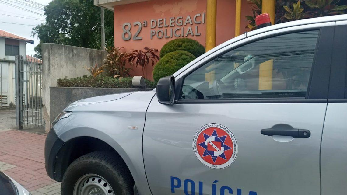 Dupla é detida como moto furtada em Maricá