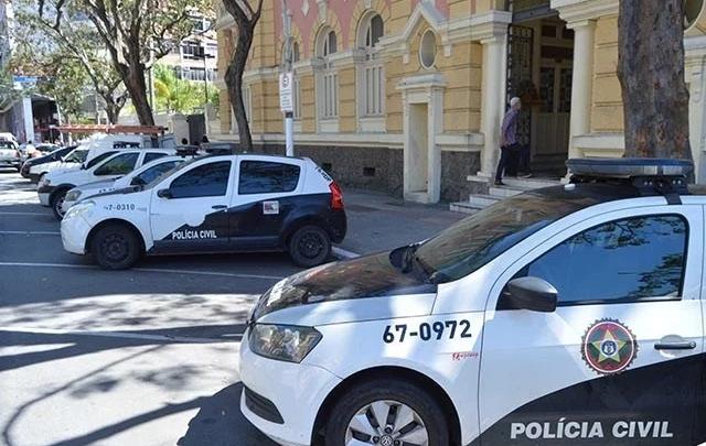 Polícia Civil deflagra operação para cumprir mandados de prisão e busca e apreensão