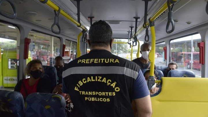 Niterói: Equipes realizam fiscalização no terminal Rodoviário João Goulart.