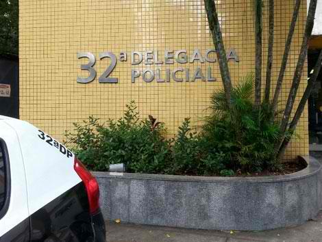 Policiais da 32ª DP prenderam um homem hierarquia do tráfico do Salgueiro em São Gonçalo