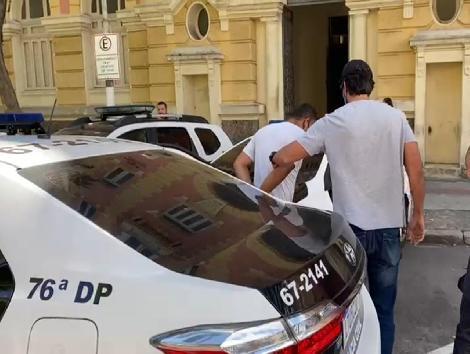 Pastor evangélico envolvido com tráfico de drogas em comunidade de Niterói é preso