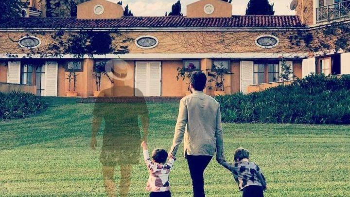 Durante viagem com amigos, Thales Bretas posta linda foto com os filhos e fãs fazem homenagem a Paulo Gustavo.
