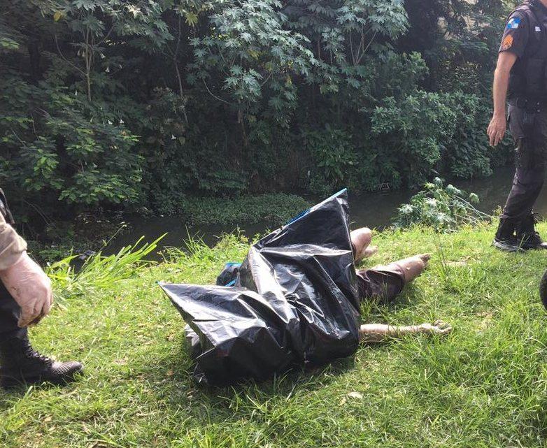 Maricá: Corpo é encontrado boiando no rio Mumbuca.