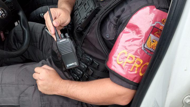 Adolescente é apreendido com um rádio transmissor em Maricá