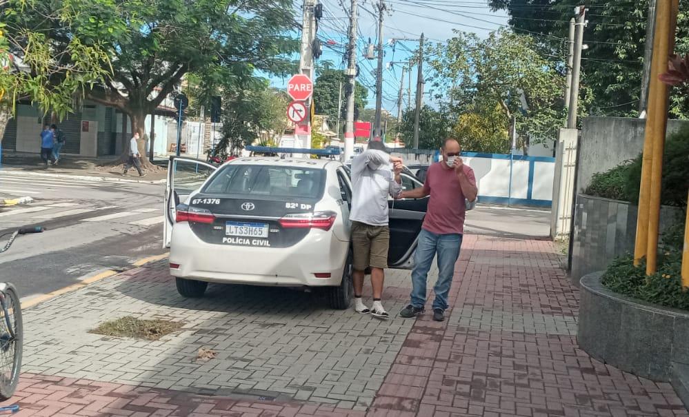 Homem é preso por vários assaltos em Maricá