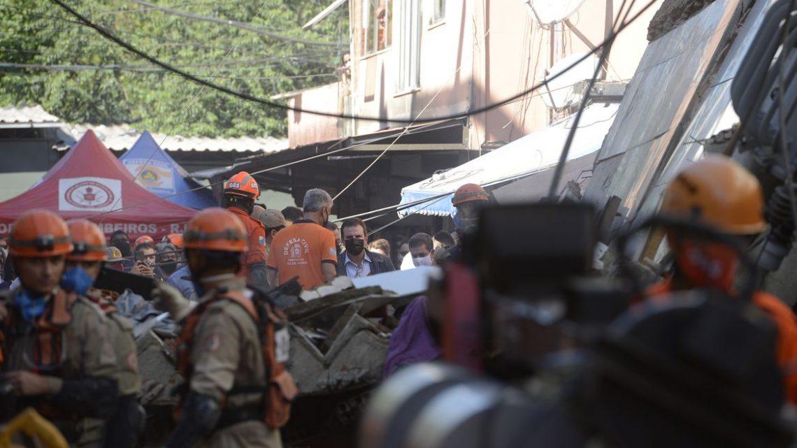 Polícia ouve dono de prédio que desabou no Rio
