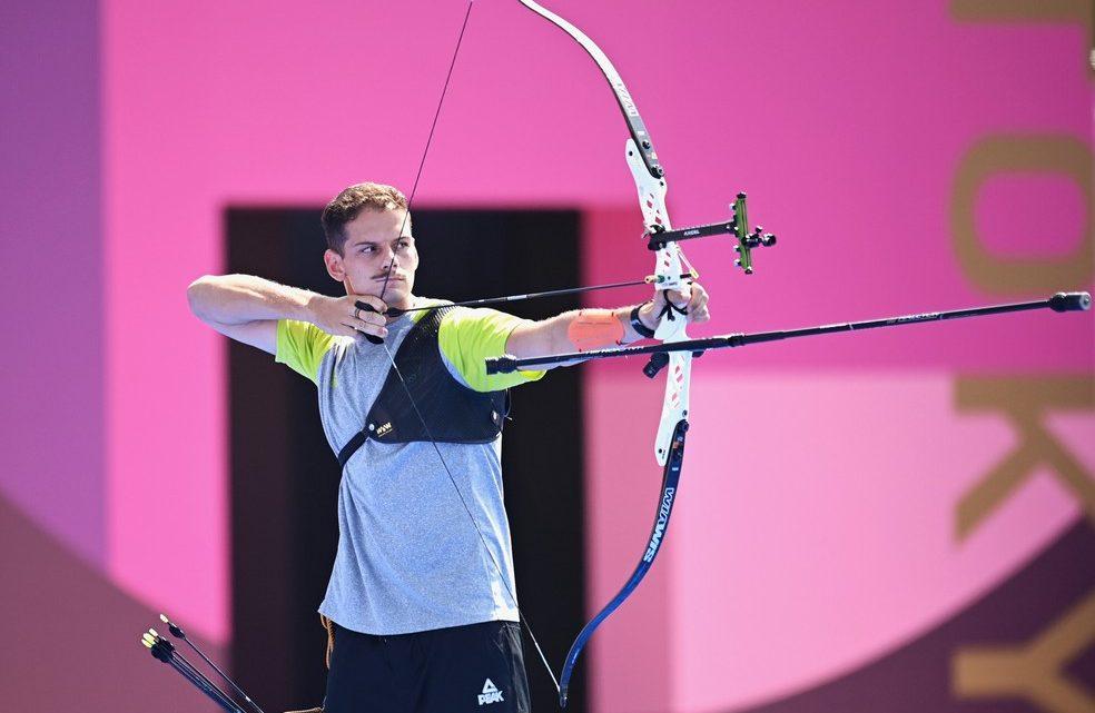Atleta de Maricá avança às oitavas de final do tiro com arco na Olimpíada de Tóquio